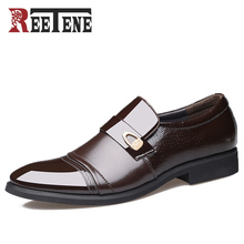 REETENE Slip on Business Dress Shoes Men Pointed Toe High Quality Patent Leather Casual Shoes Men Oxfords Shoes 2017 New Flats