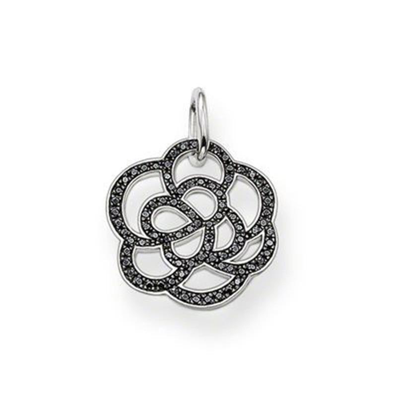 14d346b206de ₩Plateado negro zirconia pequeño Hollow Rose flor colgante collar ...