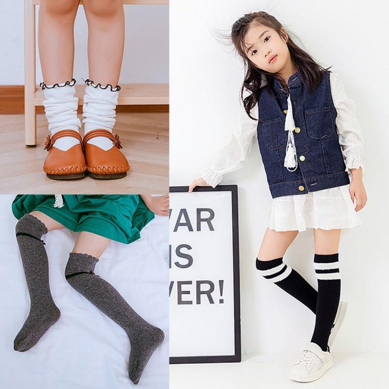 girls-dancing-in-socks