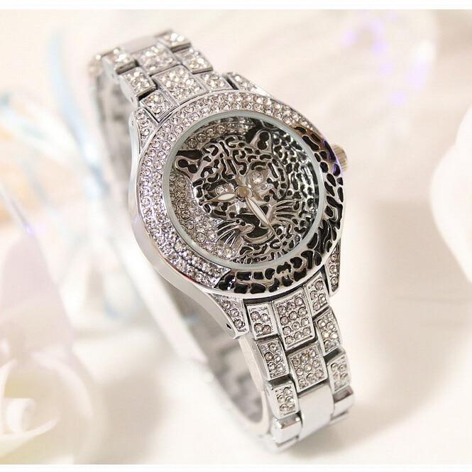 Latest New Women Watches Lady Diamond Stone Dress Watch Steel Leopard Rhinestone Bracelet Wristwatch Female Tiger Crystal Watch 1