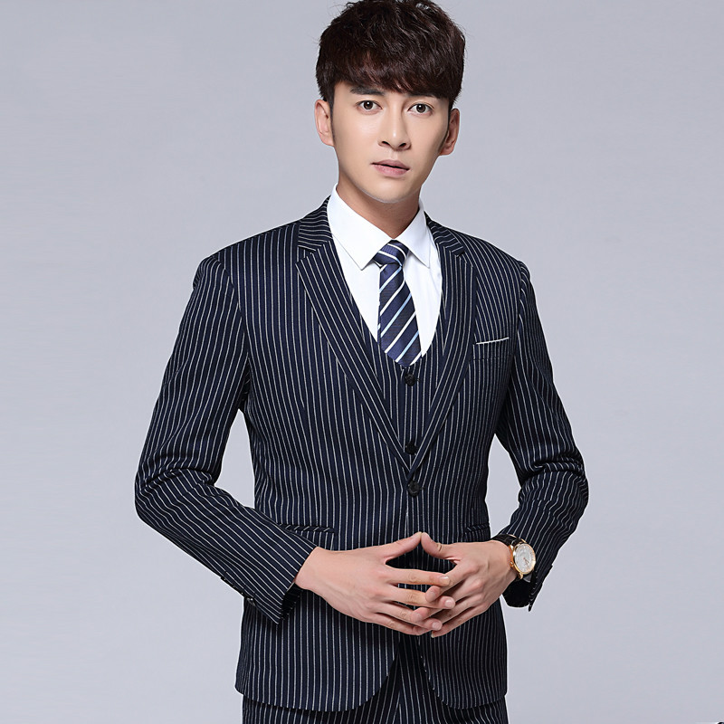 In The Spring Of 2019 Men British Vertical Stripes Of Cultivate One's Morality Leisure Suit A Three-piece Groom Wedding Dress