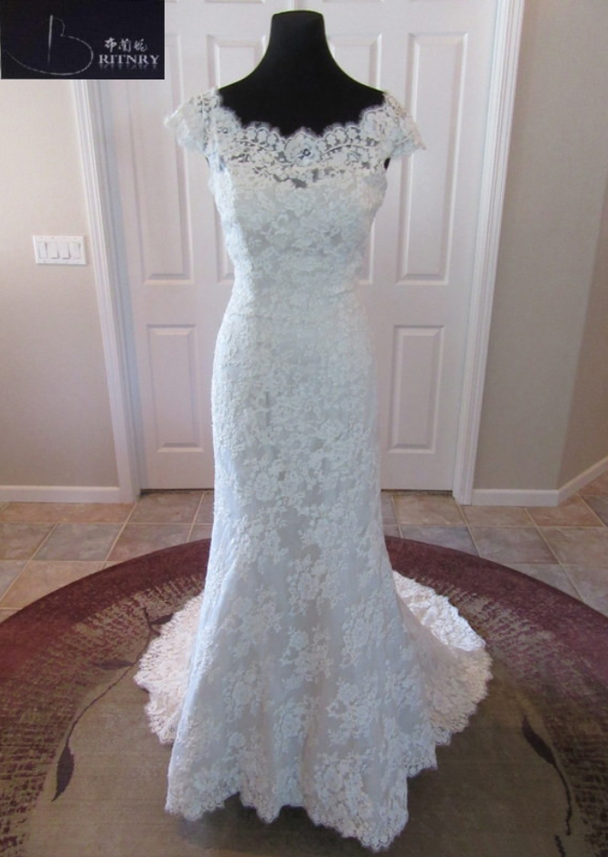 BRITNRY White Ivory Mermaid Lace Wedding Dresses Scoop Neck Backless Court Train Bridal Gown 2018