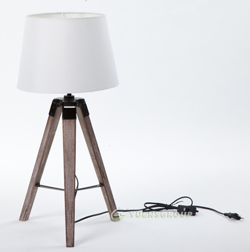 Newest Design PARIS RETRO Royal Air Force Wood Tripod Table Lamp Desk Light  ,White Black 32 X 28x65.5cm Free Shipping YSL 0184 In Table Lamps From  Lights ...