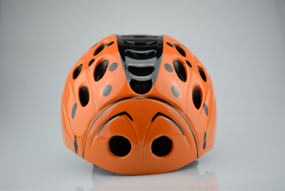 ZH34 GOXING Cycling helmet for Child size 46 49cm Weigth 200g with 21 air vent