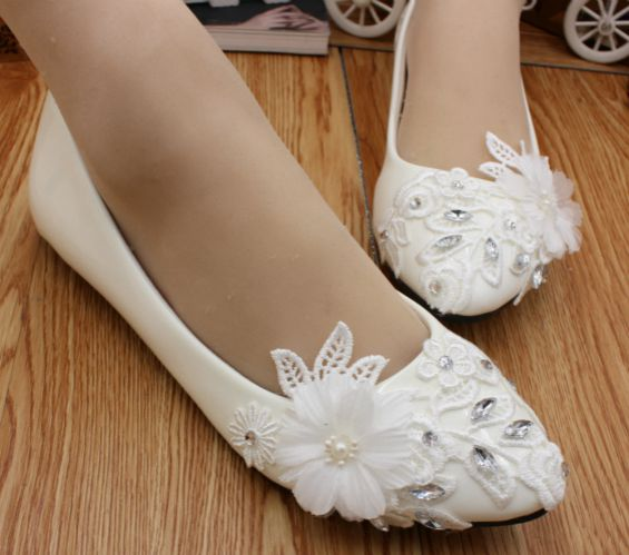 Flat heel ivory lace wedding shoes woman HS018 crystal rhinestones lace flowers brides f ...
