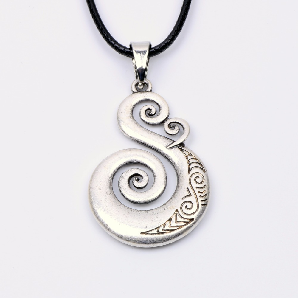 Traditional Maori Koru Necklace Pendant Love Symbol Amulet Double