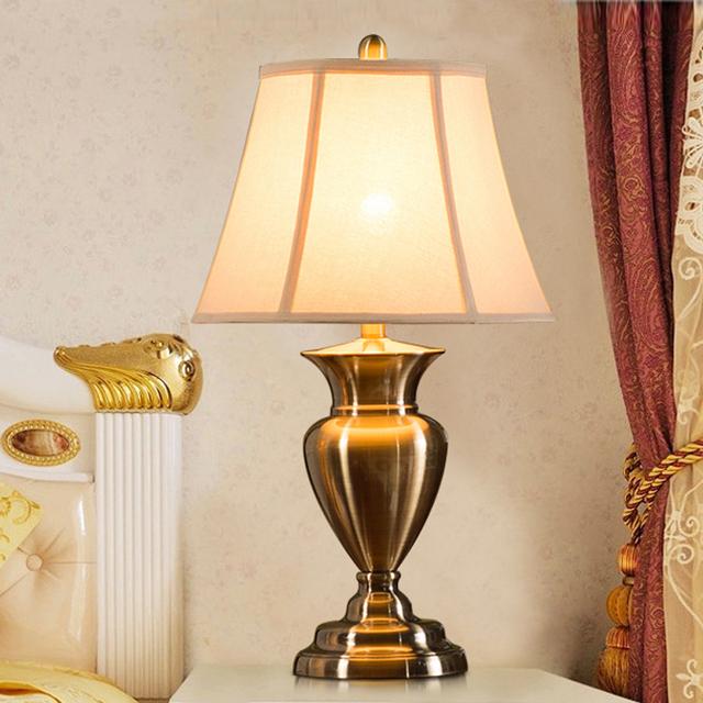 Após a alta-grade de cobre Continental retro sala de estar quarto lâmpada de cabeceira lâmpada de mesa lâmpada de mesa de luxo decorados la