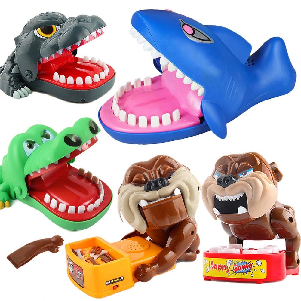 3 colors Large Crocodile Shark Mouth Dentist Bite Finger Game Novelty Jokes Kids Cartoon Pirate Barrel Trick toys for children
