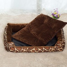 New all seasons breathable cotton material Pet leopard striped sofa bed suitable for small medium large cats dogs warm kennels