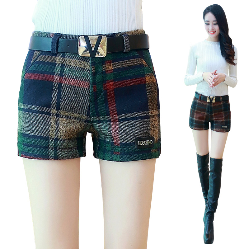 Woolen shorts female autumn and winter models 2018 new wear large autumn wild plus size slim plaid wide leg boots