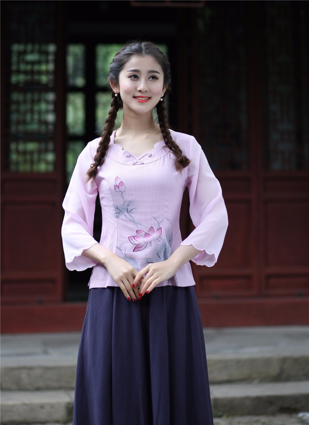 445716a7a شنغهاي قصة جديد وصول جولة طوق التقليدية الصينية قمم ل أعلي النساء من الكتان  اللوتس طباعة الصينية بلوزة 2 اللون