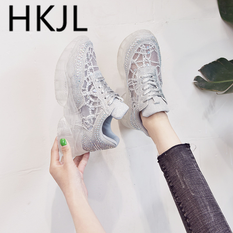 HKJL Water drills thick bottom shoe 2019 spring new bud silk water recreational fine belt crystal A543
