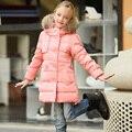 Muchachas de la manera del Invierno Largo Delgado Chaquetas Niños Pato Blanco Abajo Niños Snowsuit Engrosamiento Cálido Cuello de Piel Con Capucha Parkas Ropa de Abrigo