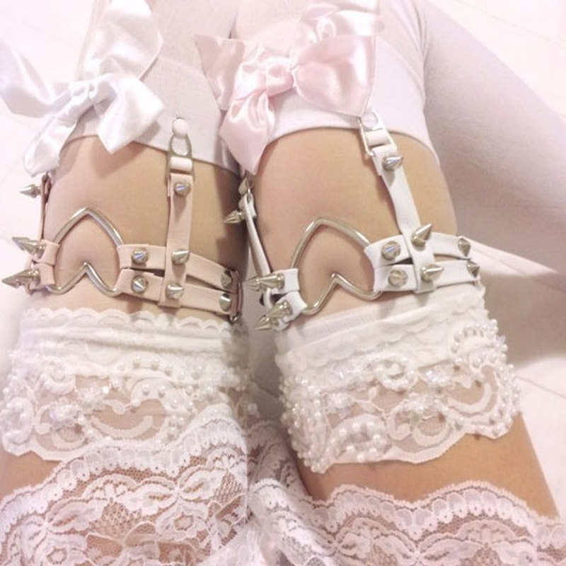 Punk Gothic Leather Suspenders Socks Belt Sexy Harajuku Leg Ring Thigh Stockings Elastic Heart Rivet Garter Belts Accessories
