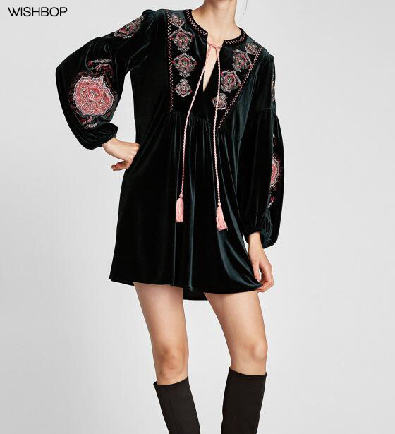 Wishbop Baru 2017 Fashion Botol Hijau Tua Bordir Bunga Beludru Mini Yoke  Gaun Panjang Bengkak Lengan a18d12b084