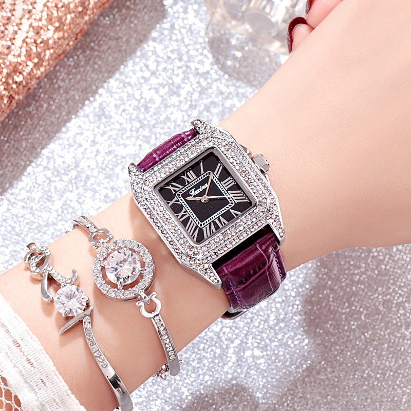 2019 Retro Fashion Square Watch Leather Watchband Simple Waterproof Inlaid Diamond Alloy Woman Watch Gift