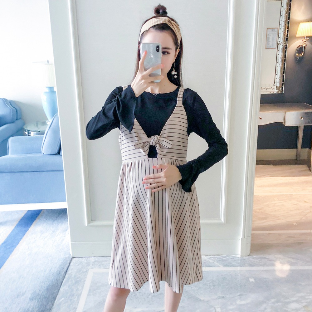 Pregnant women skirt fashion models 2018 new long-sleeved shirt Korean version of the loose striped strap dress two-piece все цены