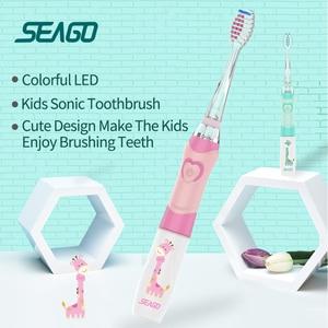 Image 3 - Seago Sonische Elektrische Tandenborstel Kids Batterij Cartoon Met Kleurrijke Led Waterdichte Zachte Mondhygiëne Massage Tanden Care SG977