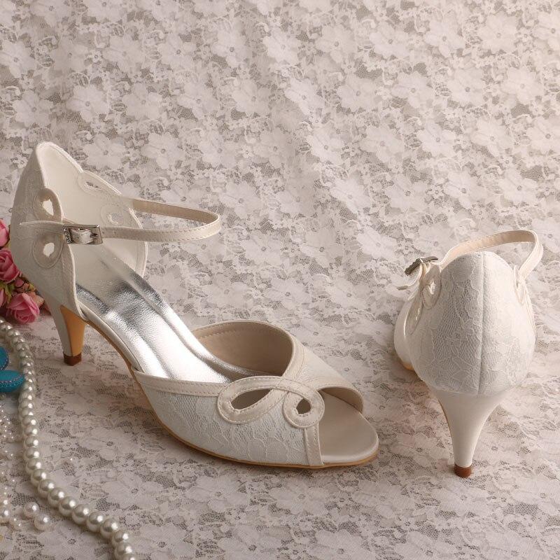 Туфли к платью цвета слоновой кости