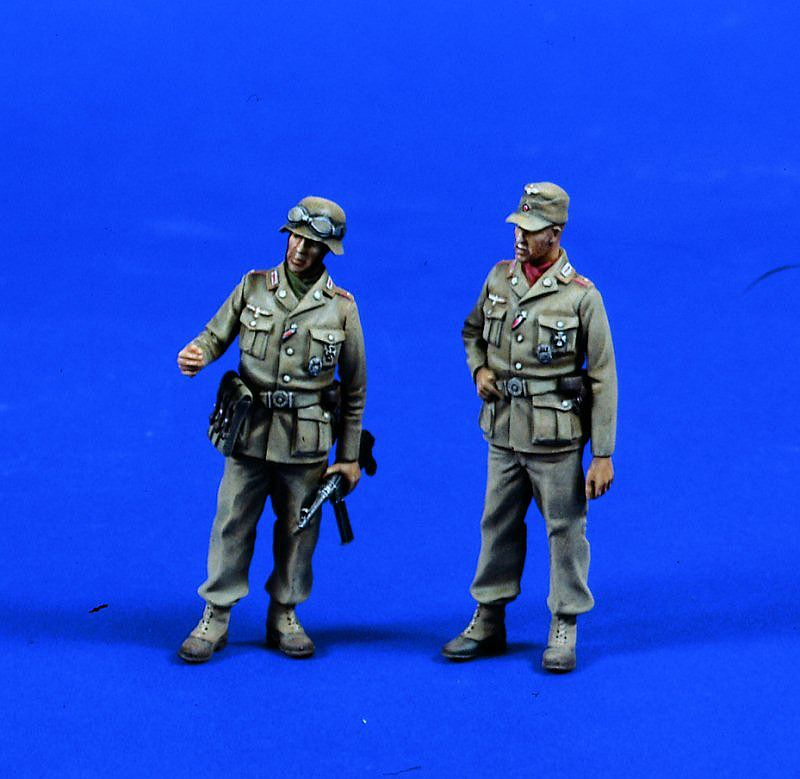 1:35 WWII Germany and Africa Army 35015