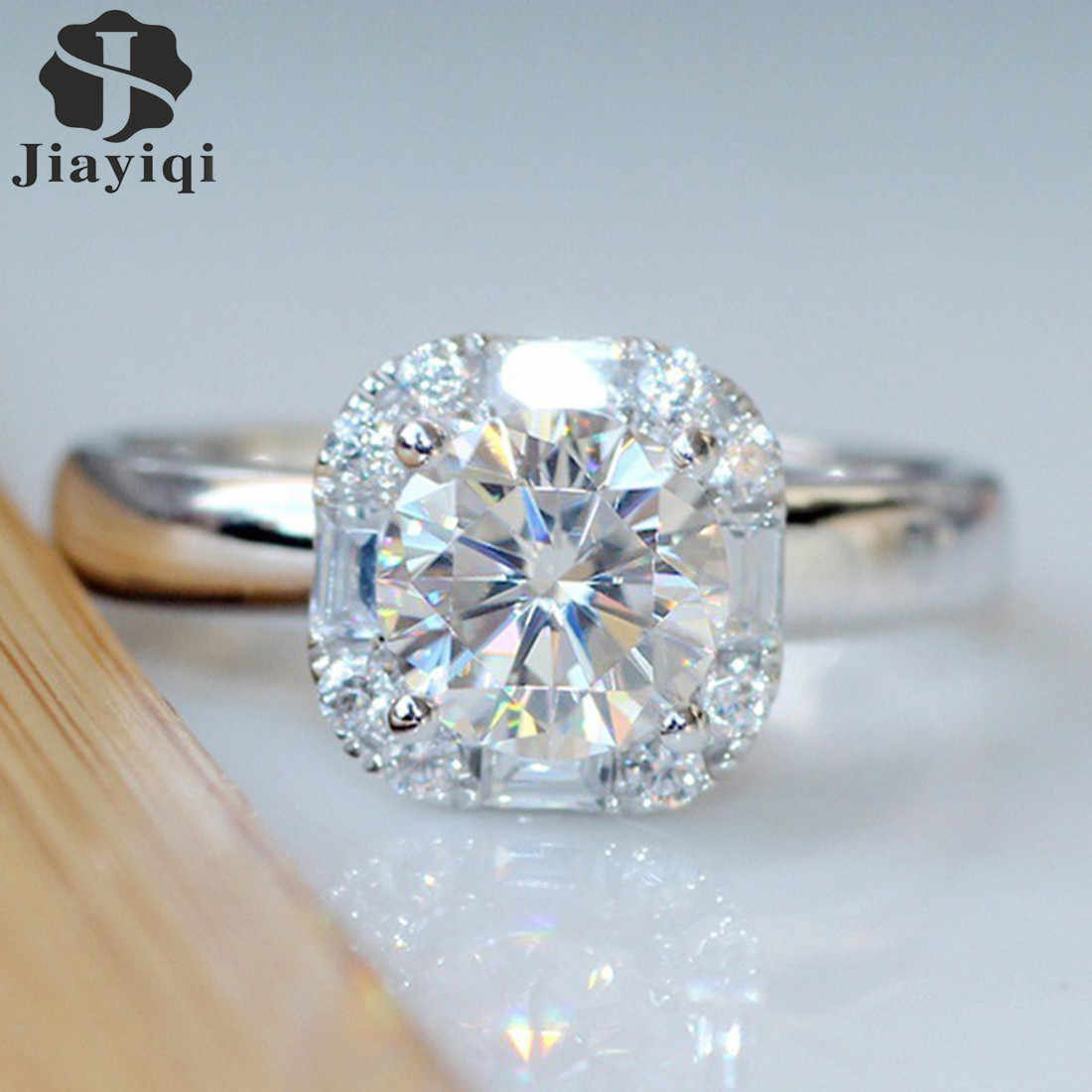 2018 Hot Sale Silver Cubic Simulated Ring Women Round Shiny  Engagement Wedding Ring