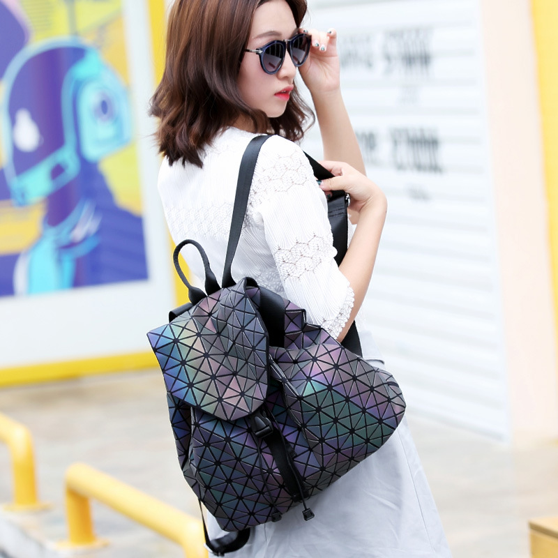 Japanese bao Women Luminated Pearl Laser Sac Bags Diamond Tote Geometry Quilted cube Folding holographic Backpack