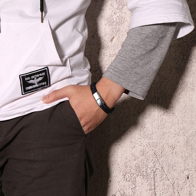 высококачественный модный мужской индивидуальный браслет черный фотография