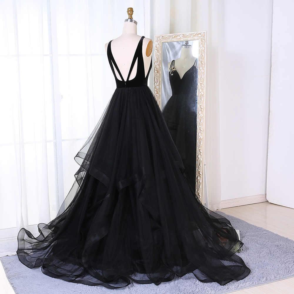 ... BeryLove Long Black Prom Dresses 2018 V Neck Spaghetti Straps Backless  Tulle Formal Evening Dresses Women ... 4b987bd0cd3d