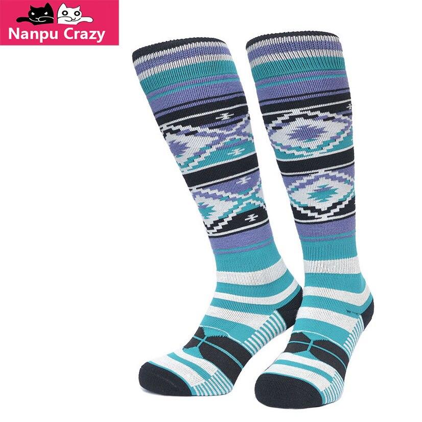 New Ethnic Strip Ski Stockings Knee High CoolMax Thermosocks Winter Warming Heated Snowboard Socks Men