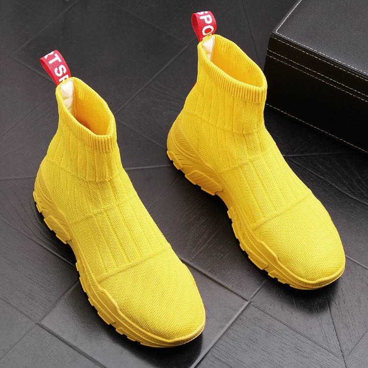 ERRFC Luxe Mens Geel Casual Comfort Schoenen Hoge Top Sokken Schoenen Man Ademend Korte Cowboy Laarzen Zwart Trending Enkellaarsjes-in Motorolie van Schoenen op  Groep 2