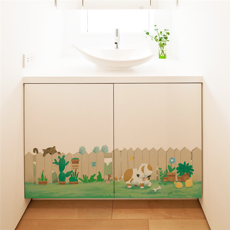 Fence Dog Cat Play On The Grass Decorative Wall Stickers Baseboard Skirting Line Kid Room Closet Decoration Home PVC Mural Decal