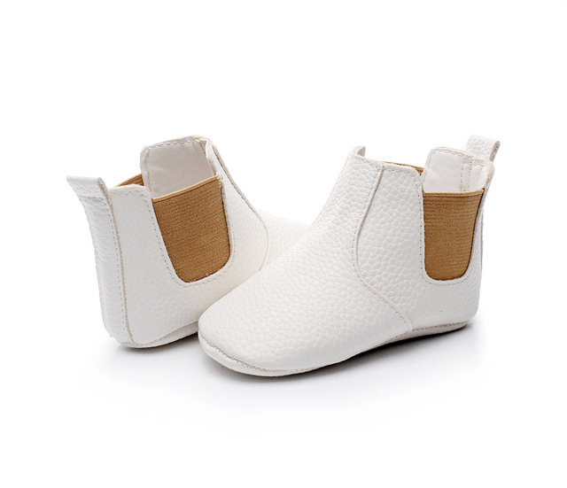 2019 New Lovely Baby Boots New Cute Baby Moccasins Handmade Infants Fashion Boot 9 Colors Baby Girl Shoes Bebe Boy First Walkers 3