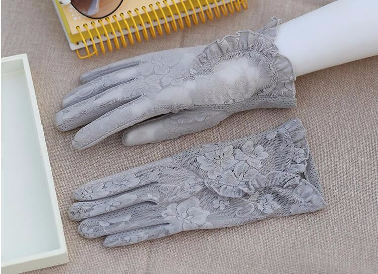 HTB10OUuLVXXXXX9XFXXq6xXFXXXT - Spring and summer women's Lace sunscreen gloves lady's anti-uv slip-resistant driving gloves girls sexy lace gloves R002