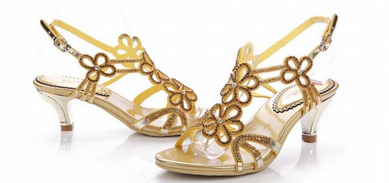 super fashion 2016 women flowers rhinestone high heel sandals ladies summer buckle party wedding pumps gold crystal female shoes weiqiaona european 2018 women new fashion show leather snake skin rhinestone flowers high heel sandalss sexy ladies party shoes
