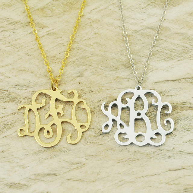 custom Alloy monogram necklace,monogram name necklace,Initials necklace personalized jewelry chain in the middle