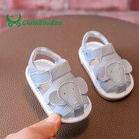 Claladoudou 12-14 CM Merk Peuter Infant Jongens Zomer Zachte Walking Sandalen Lederen Baby Meisjes Leuke Cartoon Geluid schoenen