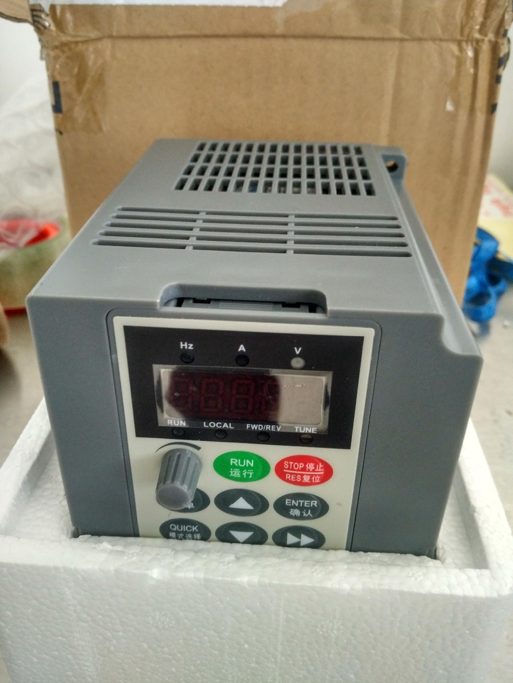 2.2kw 3HP 300hz general VFD inverter frequency converter 1PHASE 220VAC input 3phase 0-220V output 10A tp760 765 hz d7 0 1221a