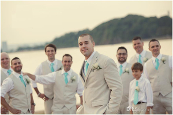 Beige Tuxedos For Wedding Beach Fast Shipping Men Slim Fit Suits Grooms Groomsmen Three Pieces Plus Size Tuxedos