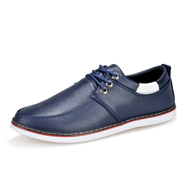 2016 nuevos zapatos casuales blancos zapatos masculinos tendencia de la moda Coreana de encaje para ayudar a baja permeabilidad hombres jóvenes