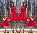 Moda 2016 Vestidos de Festa Mãe dos Vestidos de Noiva Do Casamento Do Noivo Vermelho Ruched Barato Renda Mãe Vestido de Noite Curto