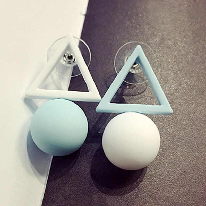 LNRRABC แฟชั่น Ball สามเหลี่ยมที่แตกต่างกัน Candy สีต่างหูสำหรับผู้หญิงต่างหูสตั๊ด Brincos เครื่องประดับ