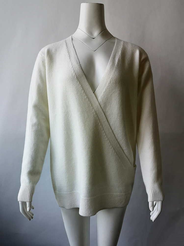 V neck rabbit splicing cross knitwear heart sweater for women