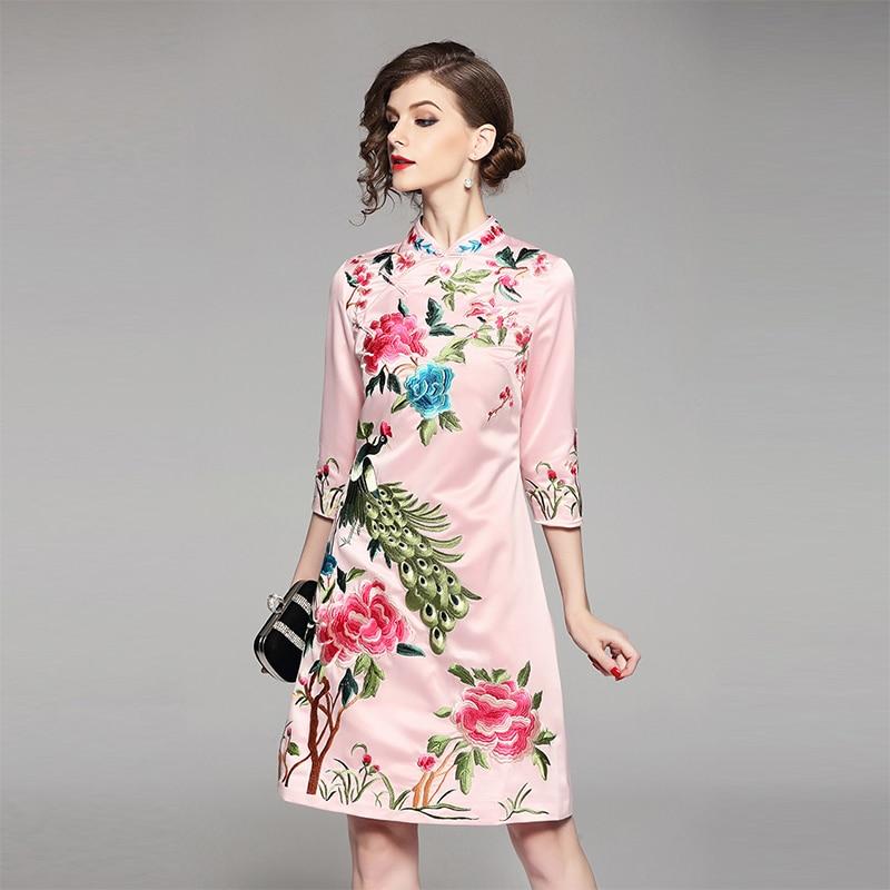 Elegant 2018 Embroidery Flower Cheongsam Women s Dress High Quality Spring Mandarin Collar Slim Chinese Style