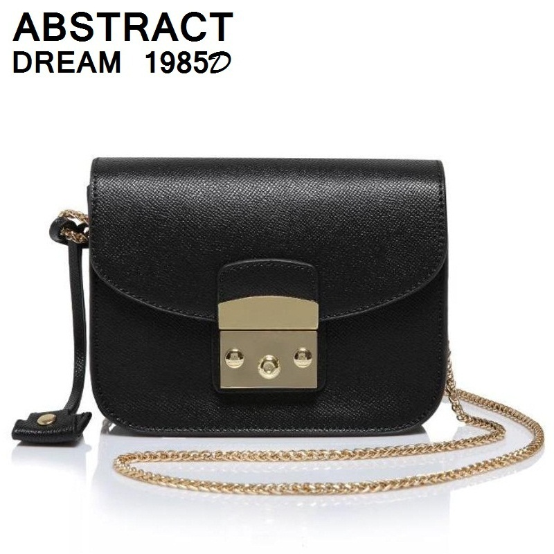 women bags She is a classic 2019 Korean designer casual Hasp womans real leathe bag Ladies fashion Chains leather luxury bags women bags She is a classic 2019 Korean designer casual Hasp womans real leathe bag Ladies fashion Chains leather luxury bags