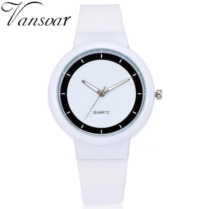 Quartz Women Watches Lover's Watch Classic Style Simple Casual Silica Gel Strap WristWatches Men Women's Clock Gift Saat 5/