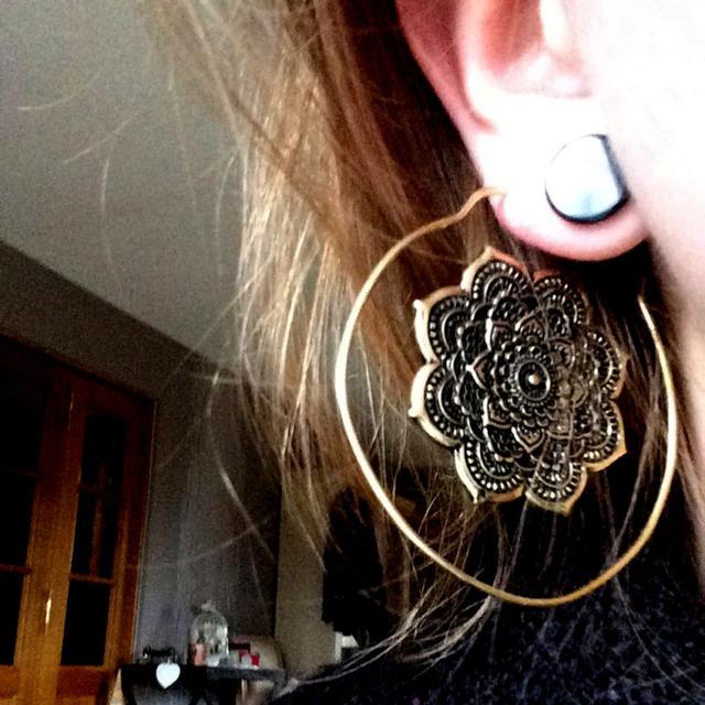 Tribal mandala earrings lotus flower brass hoop indian gold Ear weights gauges Ear Tunnel Plug Piercing Body Jewelry 14g/1.6mm