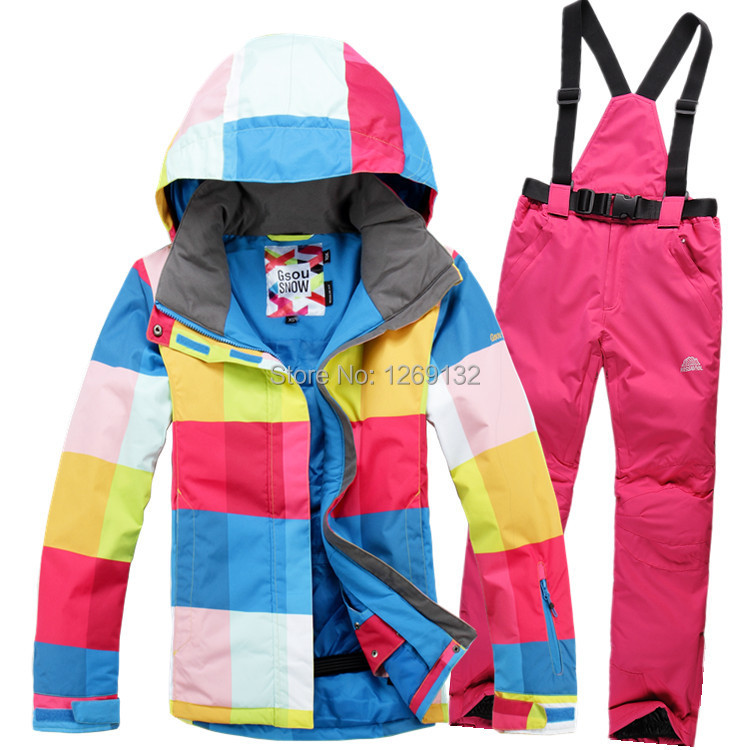 TWO pieces ski suit / women outdoor sport suit / women winter skiing snow suit / top hoodie jacket waterproof brand gsou snow technology fabrics women ski suit snowboarding ski jacket women skiing jacket suit jaquetas feminina girls ski
