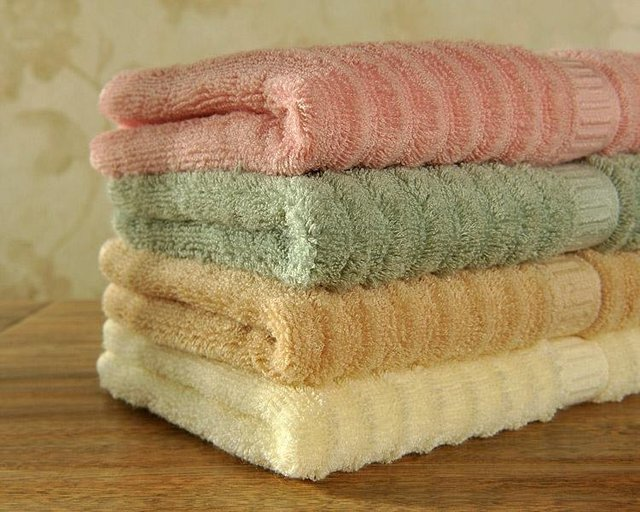 Free Shipping High Quality Yarn Dyed Wave towel 100% Bamboo Fiber face towel JF2538