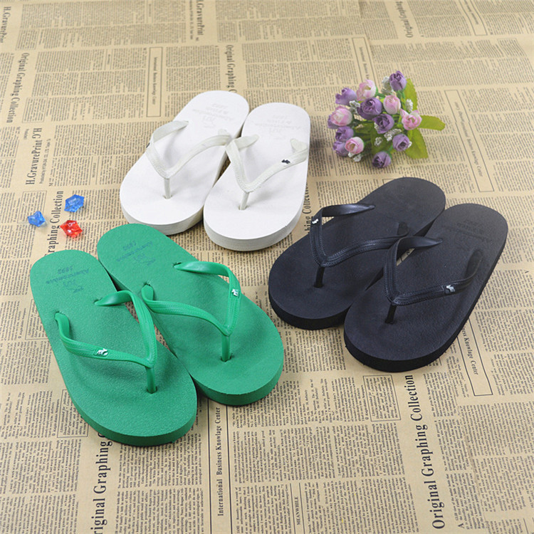 Summer2019 New Korean Version Of Baitao Flat-soled Couple Flip-flops For Men And Women Wearing Sandals With Pins Outside Fashion