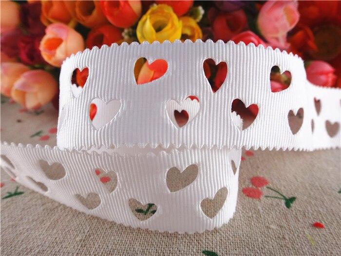 Бесплатная доставка 28 мм белый полый форме сердца Твердые ленты в крупный рубчик ткани ленты diy аксессуары для волос 50 ярдов WQ14100504
